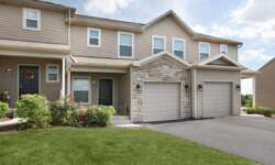 ivy-ridge-harrisburg-pa-townhome-entrance-min